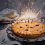 Geburtstagskuchen mit Wunderkerzen - Kloppo